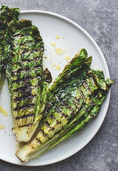 Simple Italian Grilled Romaine Salad ~ easy vegetarian grilling recipe
