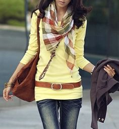 To elongate your torso, pair a long tee with a hip belt on top.