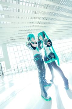 Hatsune Miku & Hatsune Mikuo - Vocaloid
