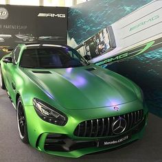 "The Mercedes-AMG GTR in ""green hell magno"" meets the Cigarette Marauder 50 ... Photo via @gorden.wagener #MercedesAMG #AMG #GTR #DrivingPerformance #Performance #Power #Passion #Luxury #Lifestyle #Cars #CarsofInstagram #Cigarette #Marauder #Design #Green #Mercedes #MBCar [Fuel consumption combined: 11.4 l/100 km 