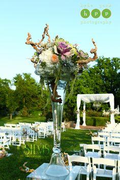 Photo by http://hydeparkphoto.com  #stemsfloraldesign   Barr Mansion Weddings  #stemsfloraldesign