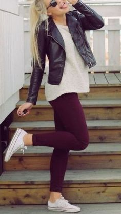 Wine jeggings, white converse, beige knit sweater and black leather jacket … – Outfit Inspiration & Ideas for All Occasions Maroon Leggings, Leggings Mode, Shirts For Leggings, Dresses With Leggings, Leggings Are Not Pants, Leather Leggings, Leather Jacket, Moto Jacket, Cute Fall Outfits