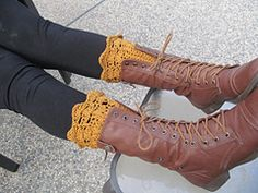 Ravelry: Belmont Boot Toppers Boot Cuff pattern by Jenn Wolfe Kaiser (free)