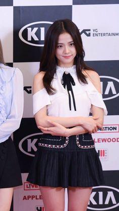 Blackpink Fashion, Korean Girl Fashion, Black Pink ジス, Blackpink Photos, Jennie Blackpink, Blackpink Jisoo, South Korean Girls, Kpop Girls, My Idol