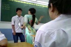 """Trần tình của cô giáo bực tức vì học sinh bị điểm thấp, dùng thước đánh 23 em cho """"hạ hỏa"""""""