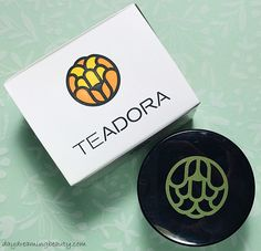 Teadora Nourishing Lip Butter leaves your lips looking good, and your heart feeling good! - daydreaming beauty #Teadora #natural