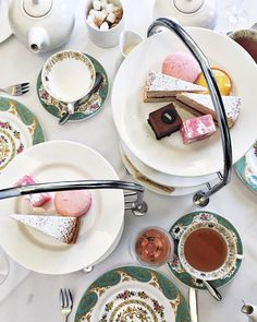 Go for afternoon tea in one of the best kept secrets of London: The Orangery at Kensington Palace.