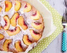 Gâteau invisible aux pêches au sirop : http://www.fourchette-et-bikini.fr/recettes/recettes-minceur/gateau-invisible-aux-peches-au-sirop.html