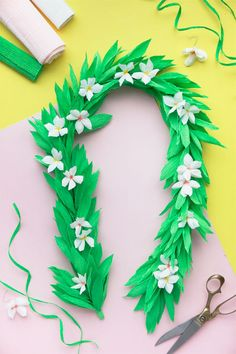 Crepe Paper Lei DIY   A Giveaway!