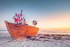 Letztes Fischerboot BIN-11 (Binz / Rügen), Binz, Boot, Dämmerung, Küste, Ostsee, Seezeichen, Sonnenaufgang, Strand, Ufer