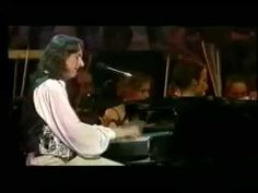 ▶ Fool's Overture, Roger Hodgson - Voice of Supertramp, with Orchestra - YouTube