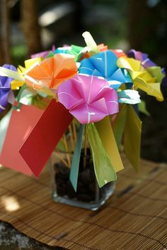 love this -- origami centerpieces! Unique Wedding Centerpieces, Centerpiece Decorations, Party Centerpieces, Tv Decor, Decor Ideas, Fall Decor, Craft Ideas, Room Ideas, Decorating Ideas