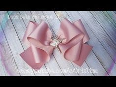 Laço Fácil De Fita Decorativa - Laço Beija Flor - DIY PAP TUTORIAL - YouTube Ribbon Art, Diy Ribbon, Ribbon Crafts, Ribbon Bows, Pink Hair Bows, Lavender Bags, Hair Ribbons, Handmade Hair Bows, Boutique Hair Bows