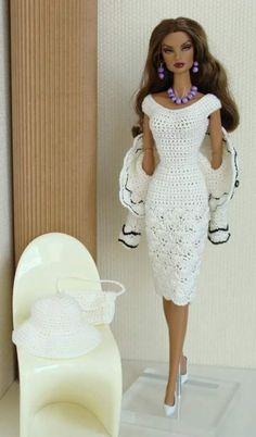 Sewing Barbie Clothes, Barbie Dolls Diy, Knitting Dolls Clothes, Barbie Clothes Patterns, Crochet Doll Clothes, Barbie Dress, Clothing Patterns, Crochet Barbie Patterns, Crochet Doll Dress