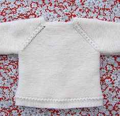 Shop powered by PrestaShop Baby Knitting Patterns Free Newborn, Baby Sweater Knitting Pattern, Knitted Baby Cardigan, Knitting For Kids, Diy Crafts Knitting, Cardigan Bebe, Pull Bebe, Knitted Dolls, Girl Doll Clothes