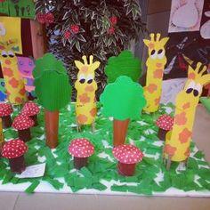 giraffe bulletin board idea