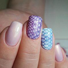Accurate nails, Medium nails, Nails with stickers, Original nails, Party nails, Pearl nails, Print nails, Snake nails