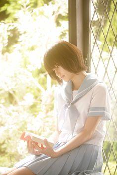 This site is a gallery of beautiful japanese short hair girls. Japanese School Uniform, School Uniform Girls, High School Girls, Japanese Short Hair, Cute Japanese, School Girl Japan, Japan Girl, School School, Sweet Girls