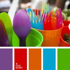 anaranjado, anaranjado y rojo, anaranjado y verde, celeste, celeste y verde, combinación contrastante de colores, de color violeta, elección del color, rojo, rojo y verde, verde, violeta y rojo, violeta y verde.
