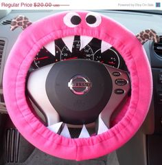 Monster Steering wheel cover---- want this for my CUBE.  :)