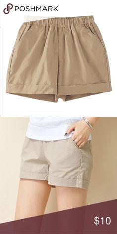 Chino shorts Chino shorts with an elastic waist band Shorts