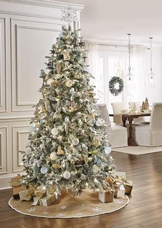 Martha Stewart's Snowy Avalanche Christmas tree, Home Decorators Collection.. ❤️