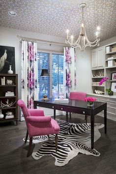 Black, white and pink. Love this bright pop of color and personality. The zebra rug= FAB