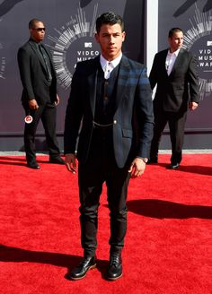 2014 MTV Video Music Awards Mens Style Roundup image Joe Jonas MTV Video Music Awards