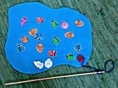 Kalassa on joko n-k tai n-g. Kalastajan pitää keksiä sana, jossa on ko äänne… Picnic Blanket, Outdoor Blanket, Joko, Daily 5, Special Education, Language Arts, Beach Mat, Preschool, Kids Rugs