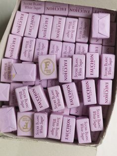 These fancily-packaged sugar cubes would make such sweet (and pretty!) wedding favors
