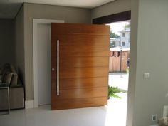 Porta Pivotante 7