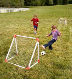 """Hearthsong Junior Soccer Goal Set, High-Impact Vinyl - White - 30-3/4""""L X 26-3/4""""W X 20-3/4""""H, 2015 Amazon Top Rated Soccer #Sports"""