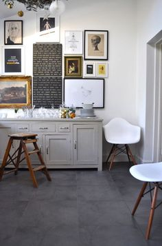 Holiday Decor - eclectic - dining room - london - A Few Things From My Life Design Eclético, Home Design, Design Ideas, Floor Design, Wall Design, Eclectic Design, Eclectic Decor, Modern Design, Home Interior