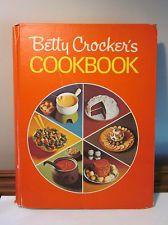 Vintage 1973 Betty Crocker Cookbook Red Pie Cover 19th Printing