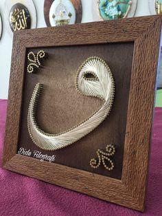 Vav Islamic Wallpaper, Applique Templates, Islamic Calligraphy, Islamic Art, Wood Art, Art Projects, Mandala, Weaving, Embroidery