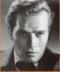 charleston heston | John Charlton Carter est né le 4 Octobre 1923 à Evanston(Illinois ...