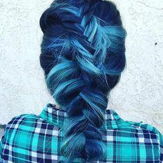 31 Colorful Hair Looks to Inspire Your Next Dye Job – Blue Hair Dye My Hair, New Hair, Your Hair, Pastel Hair, Purple Hair, Green Hair, Dark Purple, Pelo Multicolor, Light Blue Hair