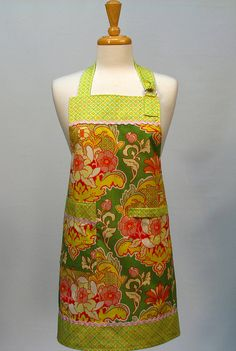 MODERN CHEF Womens Full Apron by SwankyPlaceAprons on Etsy, $22.50