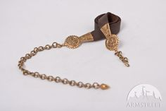 Mittelalter Ledergürtel mit Messingverzierungen für Frau