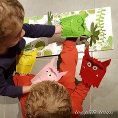 "Marionnettes des monstres de ""la couleur des émotions"" Projects For Kids, Crafts For Kids, Monster, In My Feelings, Montessori, Dinosaur Stuffed Animal, Kindergarten, Activities, Animals"