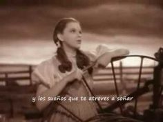 Somewhere over the rainbow - Judy Garland (subtitulada en español)