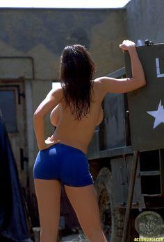 Veronica Zemanova Action Girls   Veronica Zemanova hot galler (.)(.)