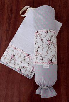 Kit para cozinha contendo:  Puxa-saco e pano de prato confeccionados em tecido 100% algodão. R$ 46,00