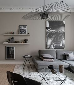 8 Tips on how to make a Parisian chic interior trendy for this spring - Daily Dream Decor Beige Living Rooms, Living Room Sofa, Living Room Decor, Living Spaces, Interior Exterior, Interior Design, Interior Livingroom, Interior Ideas, Design Blog