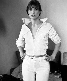 Jane Birkin en 1960 http://www.vogue.fr/mode/inspirations/diaporama/icones-en-jean/7655/image/514536#jane-birkin-en-1960