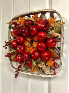 Etsy :: Your place to buy and sell all things handmade Autumn Decorating, Decorating Blogs, Fall Decor, Holiday Decor, Autumn Wreaths For Front Door, Door Wreaths, Fall Wreaths, Christmas Wreaths, Home Decor Baskets