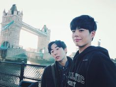 Park Bo Gum | Tower Bridge in London