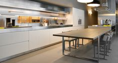 Convivium by Arclinea product image 4 Modern Kitchen Cabinets, Kitchen Furniture, Kitchen Interior, Open Space Living, Living Spaces, Break Room, Wooden Tables, Food Preparation, Home Kitchens
