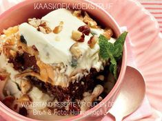 Hierdie is 'n moet probeer! Fun Desserts, Delicious Desserts, Dessert Recipes, Yummy Food, South African Desserts, South African Recipes, Quick Recipes, Cooking Recipes, Yummy Recipes