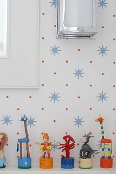 Cynthia Brooks Design-kids bathroom wallpaper